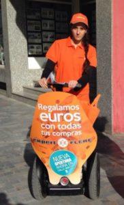 Empresa de azafatas y promotoras Madrid - Proymer